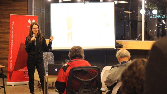 lara costafreda ilustracion charla chile launch coworking